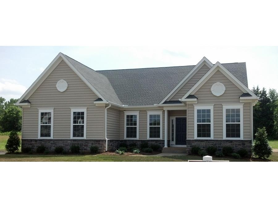 Chesapeake, Elevation 2 with Side Load Garage